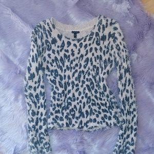 Sweaters - Juniors Fang (brand)Leopard print sweater